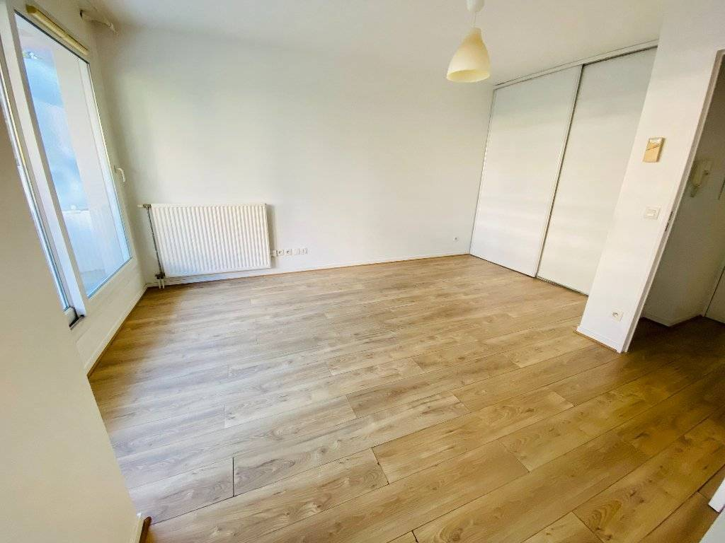 Appartement Courbevoie 1 pièce(s) 26.22 m2