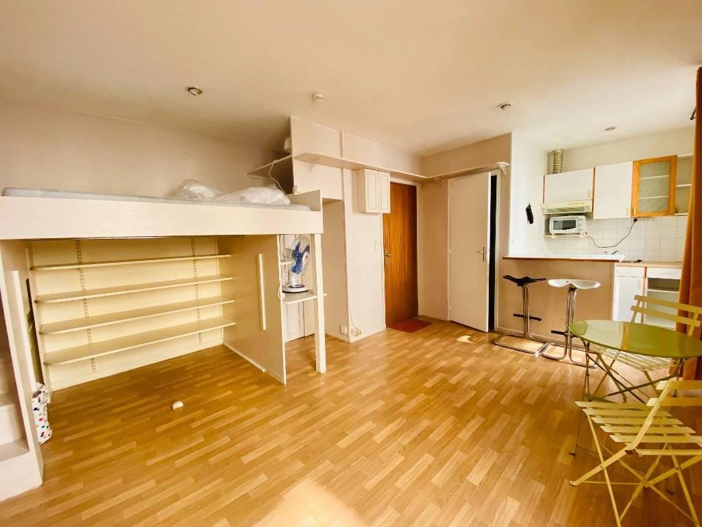 Appartement Montmartre  1 pièce(s) 21.32 m2
