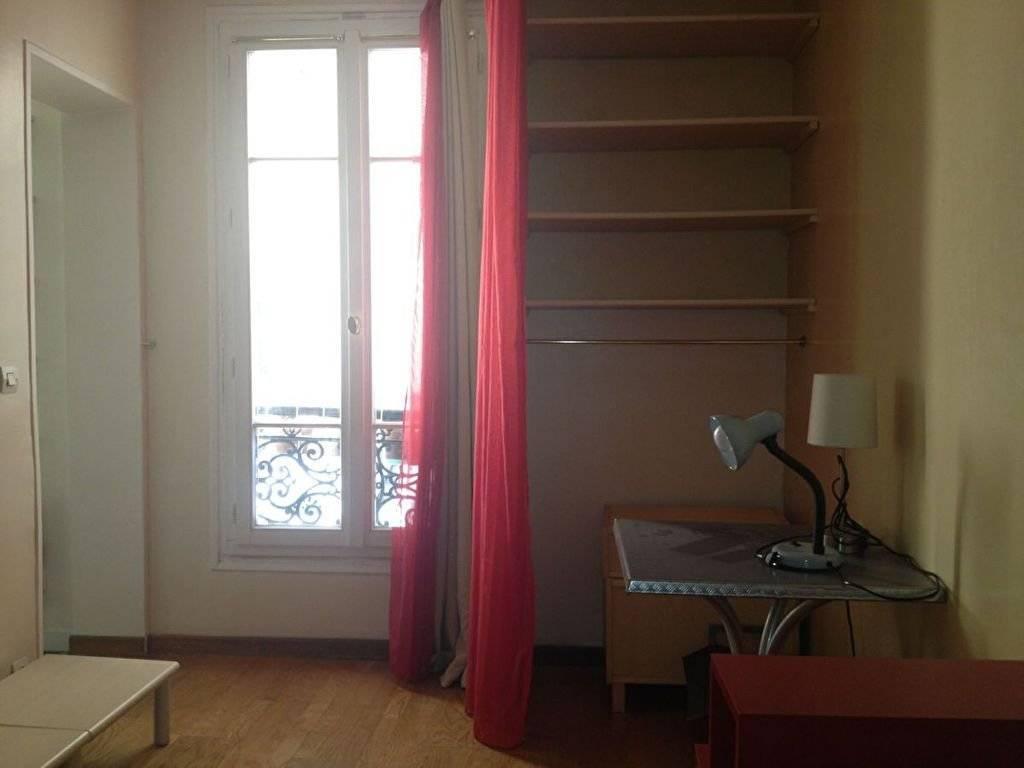 Studio / F 1 meublé