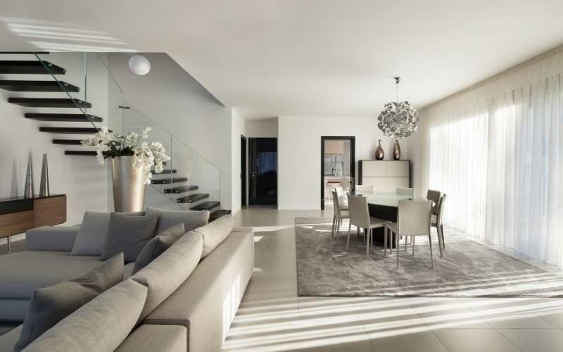 Appartement 4 pièces duplex - 98 m2 - dernier étage avec loggia 10 m2