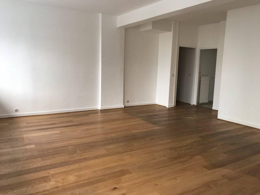 Appartement  3 pièces 98.60 m2 - Paris 16ème - POSSIBILITE BUREAUX