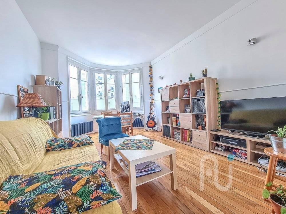 Appartement Centre-ville Mairie Asnieres Sur Seine 2 pièce(s) 43 m2