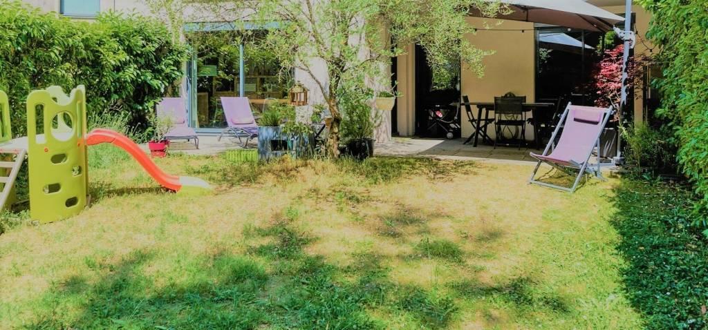 A vendre, très beau T4 de 93 m² avec jardin privatif de 104 m²