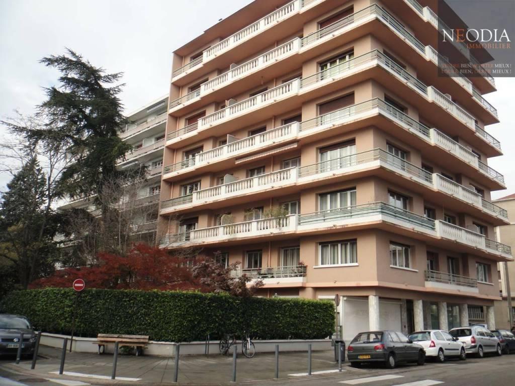 GRENOBLE 2 P+C 56 m²