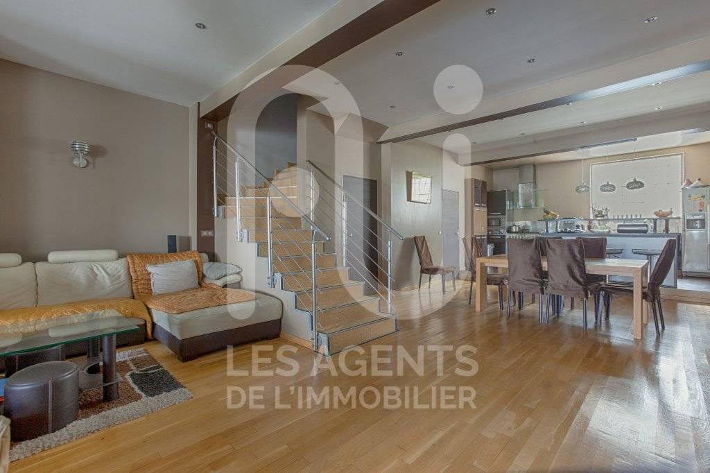 Vente d'une maison 6 pièces atypique à ARGENTEUIL