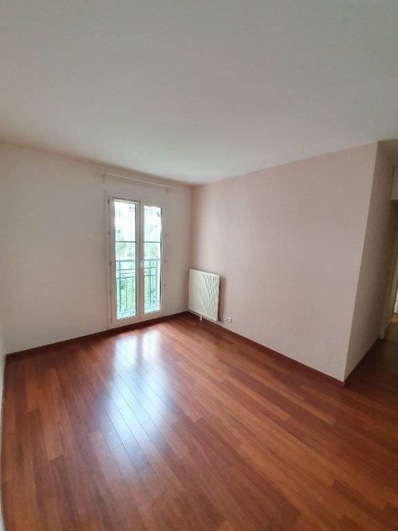 Appartement Courbevoie 4 pièce(s) 103 m2