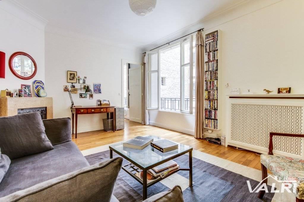 Appartement Paris 4 pièce(s) 76.5 m2