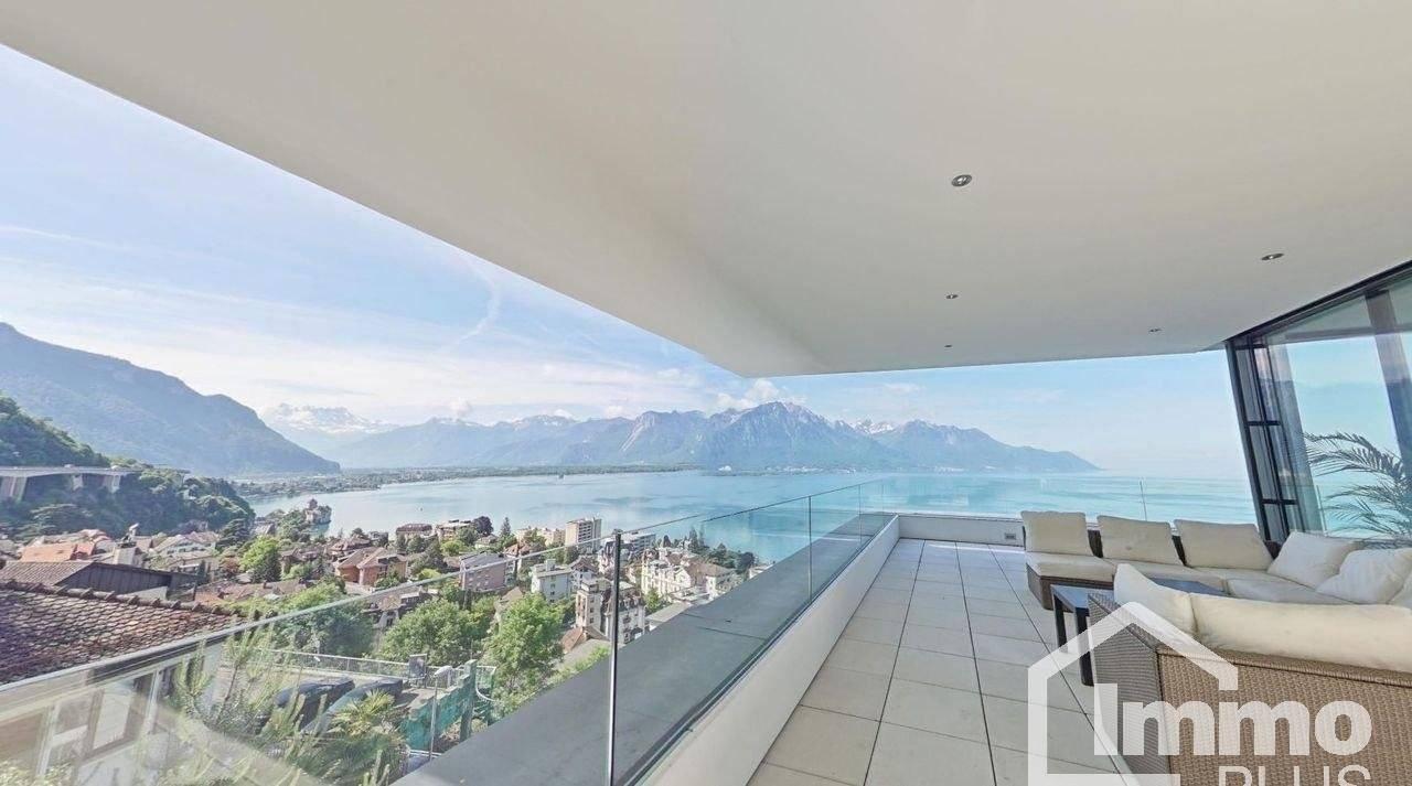 Terrasse avec vue lac