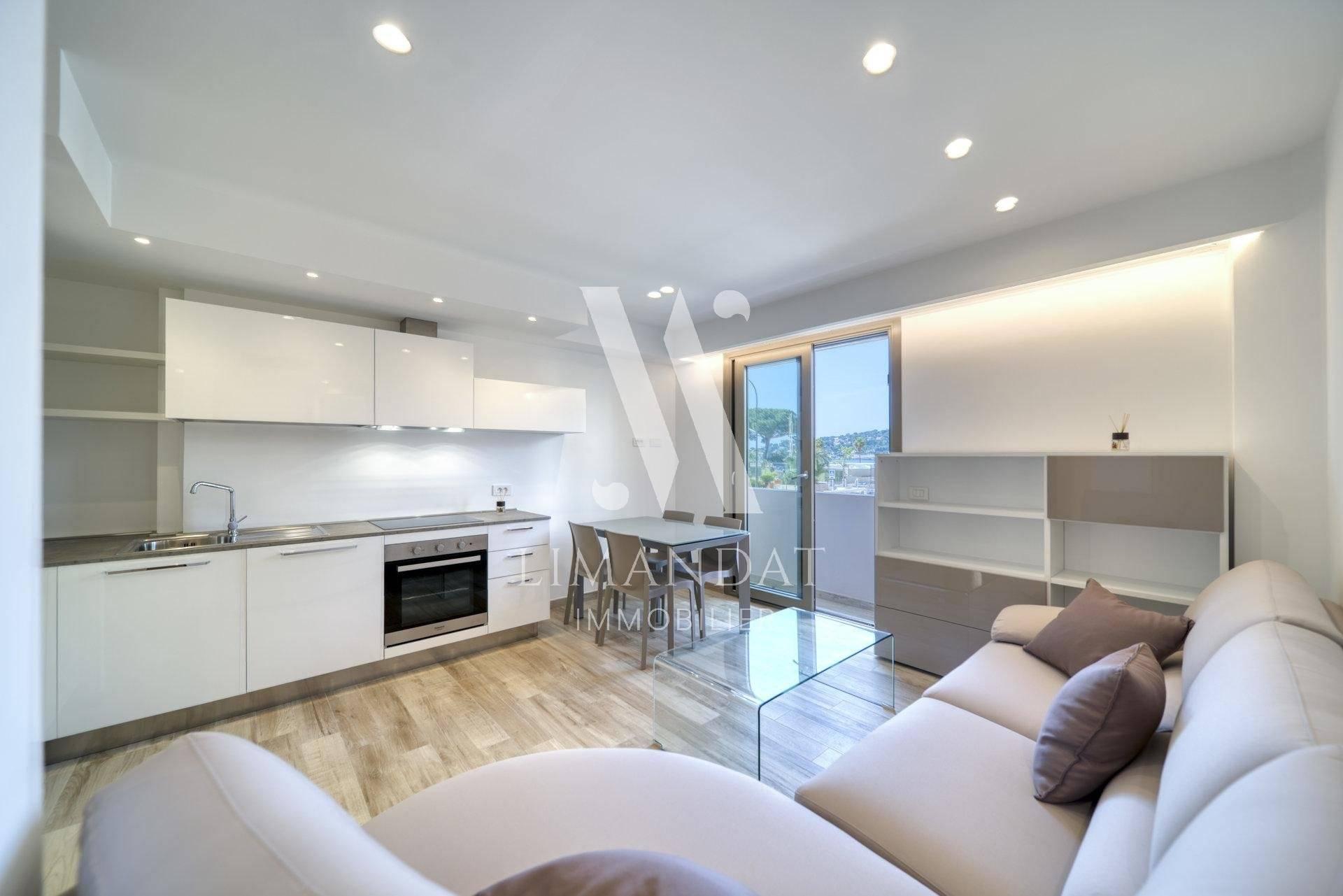 Living-room Wooden floor Stainless steel