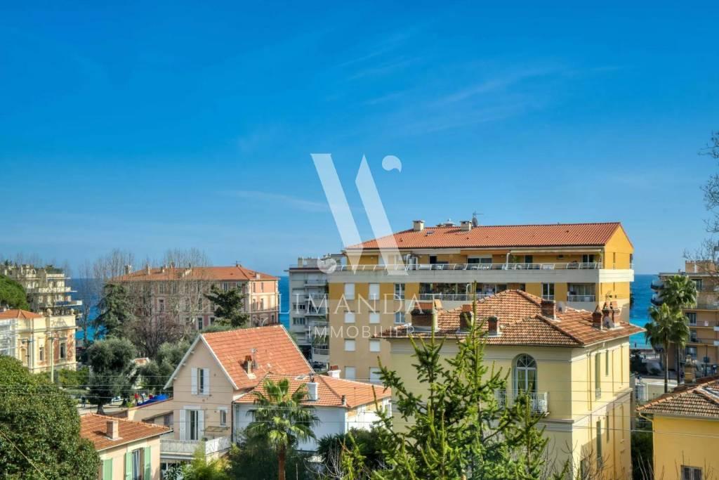 Menton Carnoles - 2/3 pièces 79 m2 - balcons 5 m2 et 6 m2 - garage