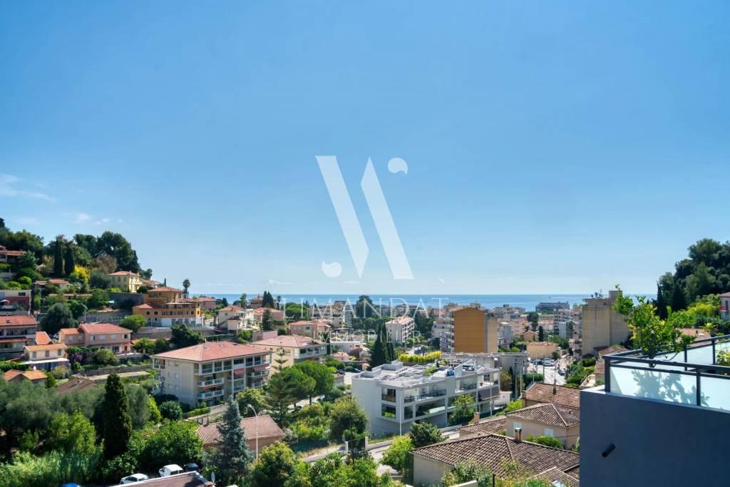 Roquebrune Cap Martin - dernier étage - 2 pièces 38 m2 terrasse 14 m2 parking