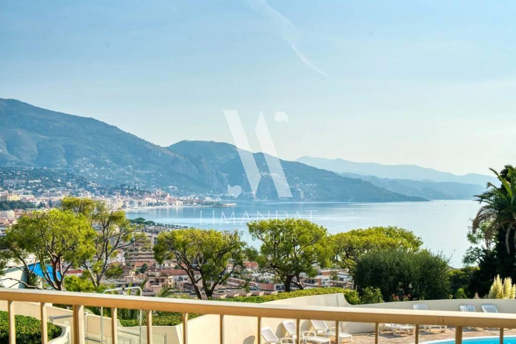 Roquebrune Cap Martin - 2 rooms 50 m2 terrace 10 m2 parking cellar