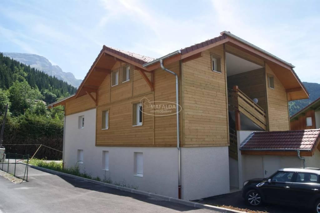 Sale Building Mont-Saxonnex