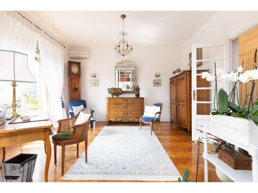 Appartement  3 Rooms 94.75m2  for sale   695 000 €