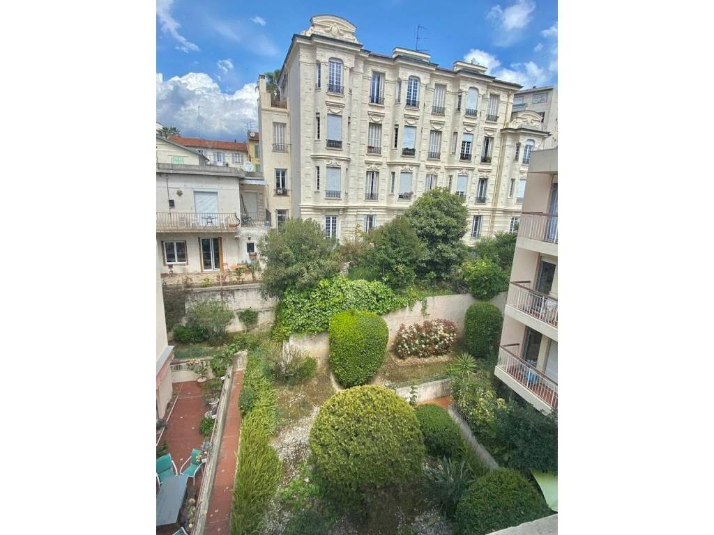 Appartement  3 Rooms 74.24m2  for sale   339 000 €
