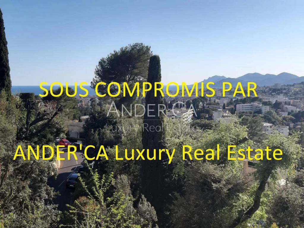 Le Cannet résidential area and sea view