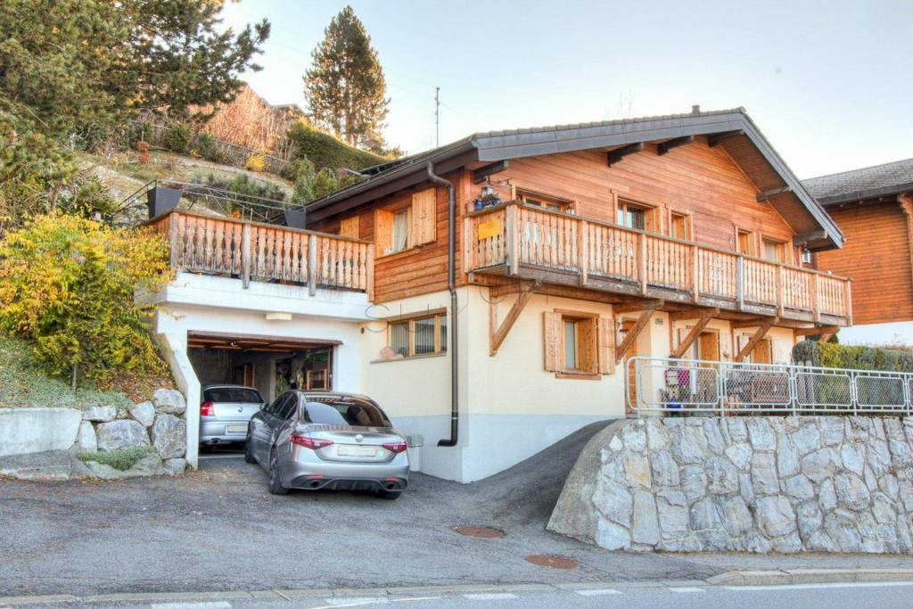 Weekly renting - 5 room chalet Le Dahu - 8 person