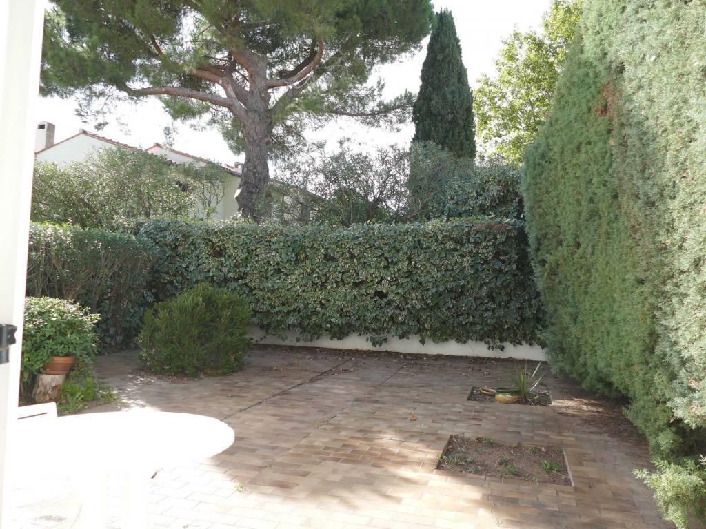 Cabestany calme Villa F4 125m² jardin piscinable