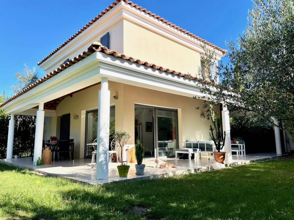 Sale House Aix-en-Provence Les Granettes