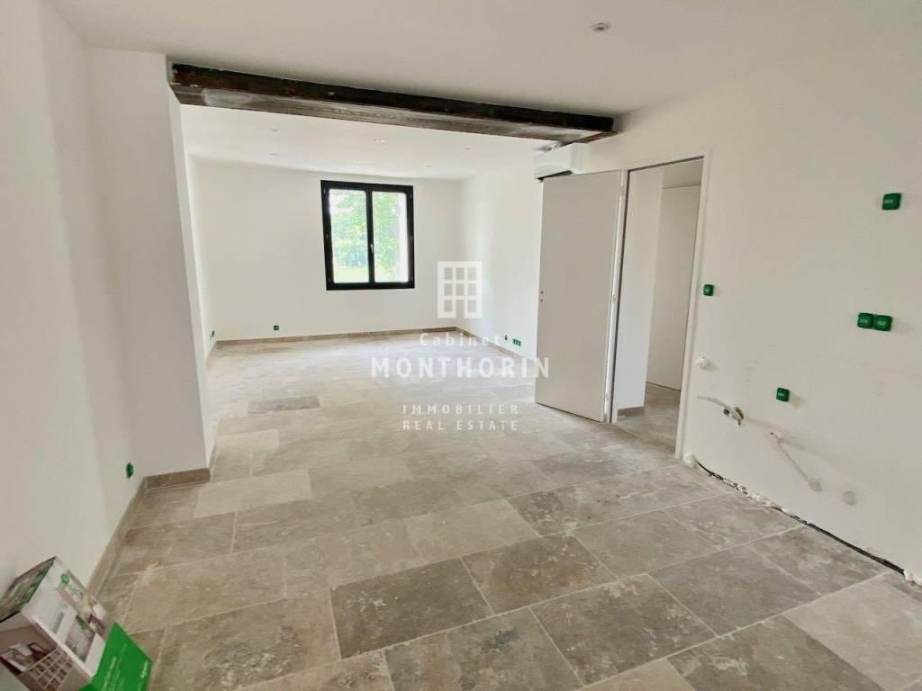 Rental Apartment Saint-Cannat