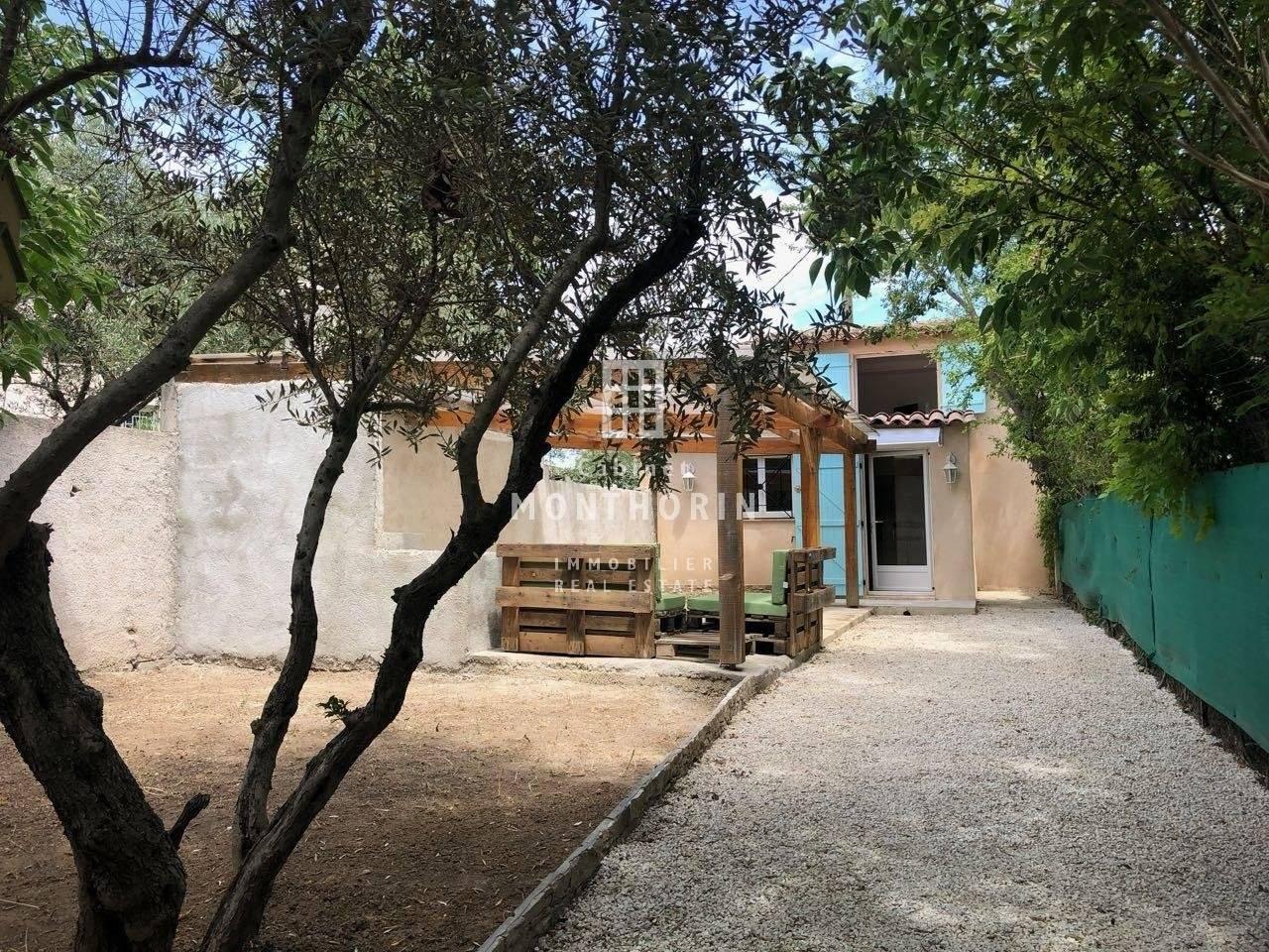 2 13 Aix-en-Provence