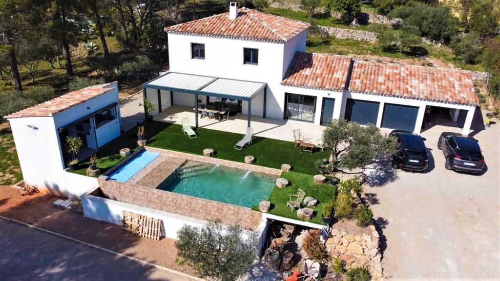 Propriété haut de gamme 160 m²