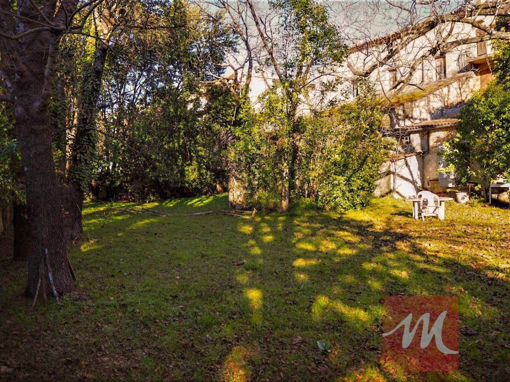 Rare à la vente ! Maison de maitre du XVIIIème siècle avec magnifique jardin arboré !