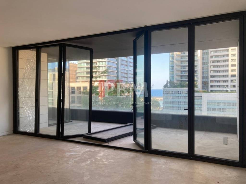 CASH | Luxurious Apartment