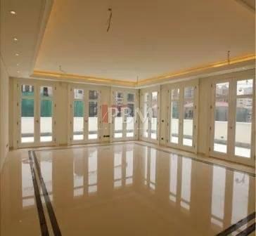 CASH   Luxurious Apartment