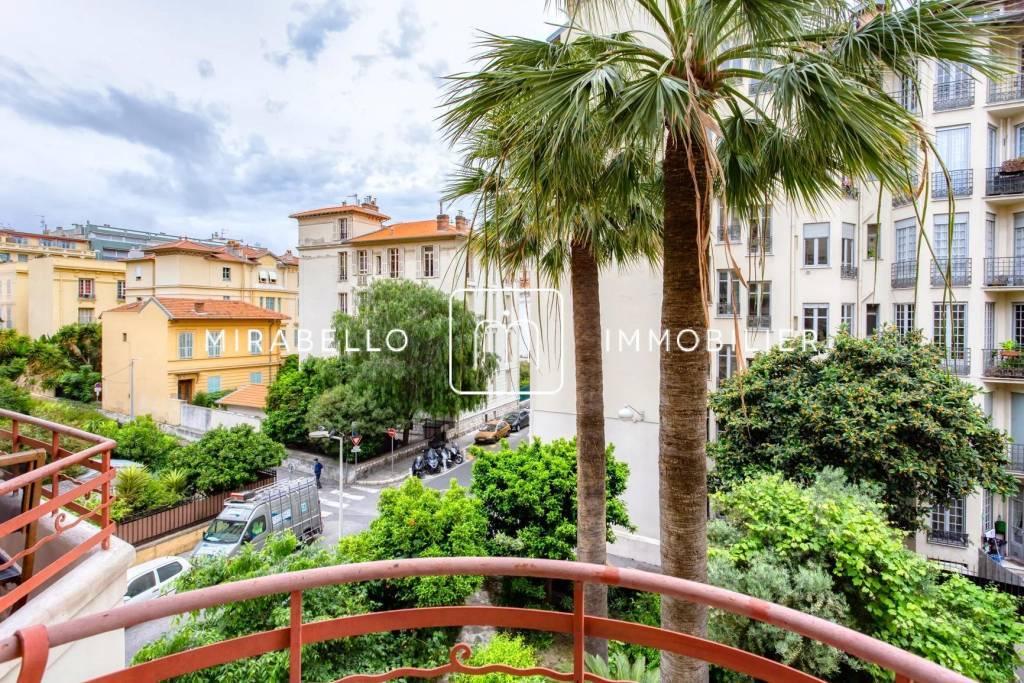#lefrancoisaune - Beau 2 pièces meublé avec balcon/ Nice Centre