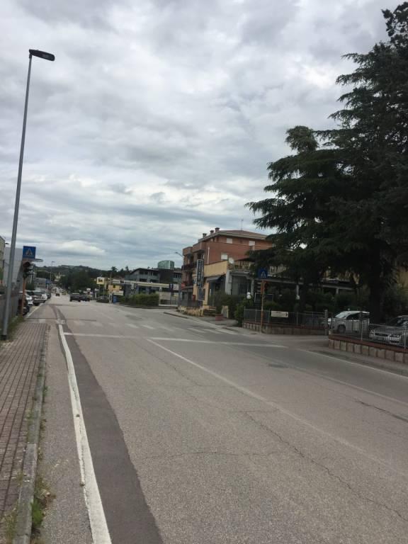 Perugia, Settevalli, ristorante-pizzeria chiavi in mano.