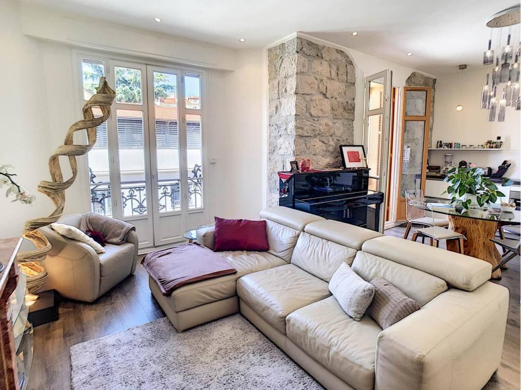 Sale Apartment Nice Carabacel