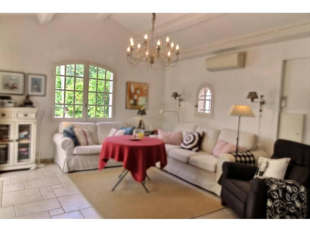 Sale Villa Valbonne Peyrebelle