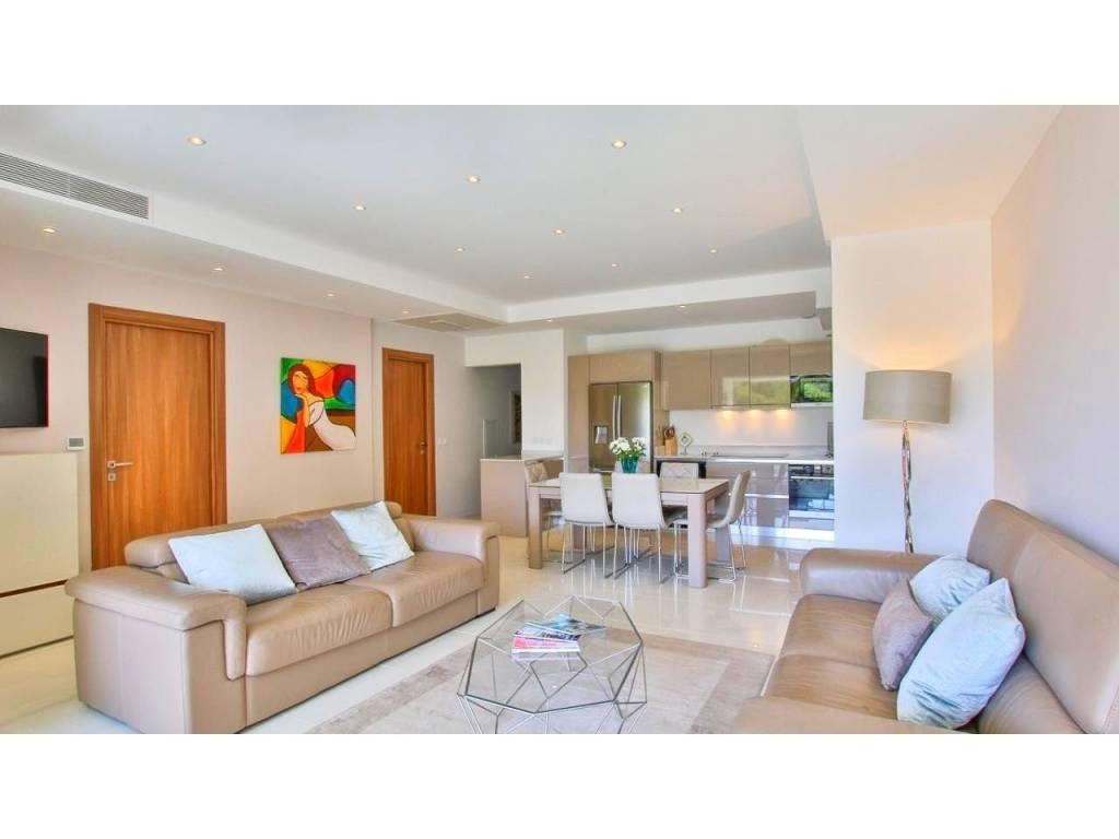 Sale Apartment Antibes Cap-d'Antibes