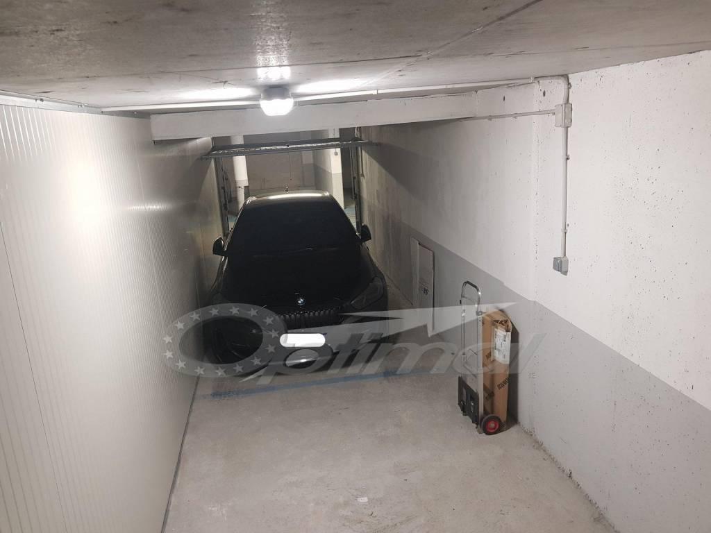 Vendita Garage Mentone Centre