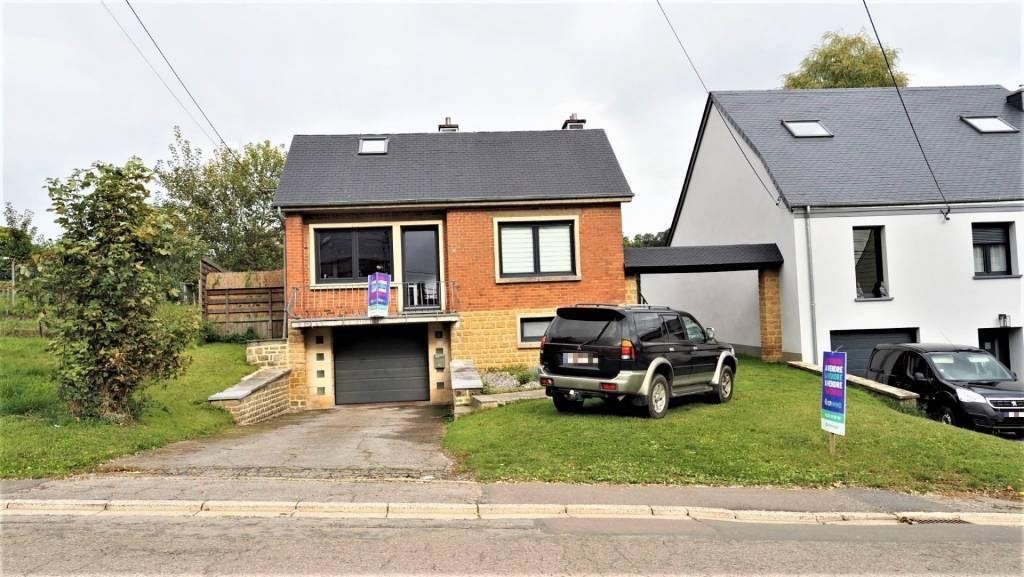 Maison 4 façades de 3 chambres, terrasse, jardin et garage