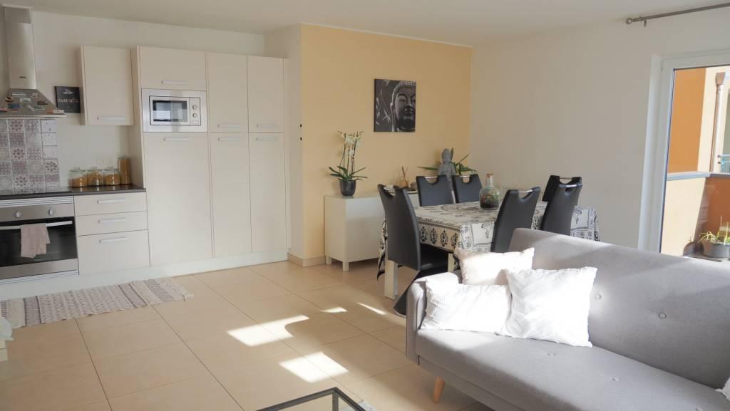 !!!SOUS OFFRE!!! Appartement 1 chambre, terrasse, cave et parking intérieur