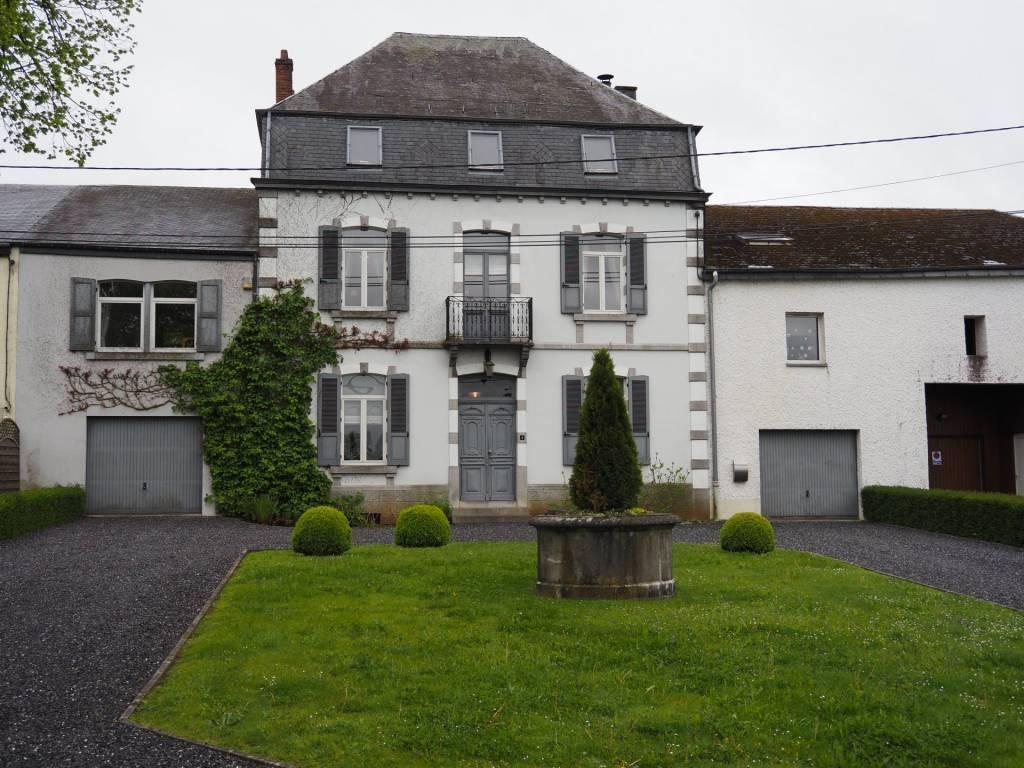 +++VENDUE+++Maison bourgeoise de 4 chambres sur un terrain de 13,11 ares