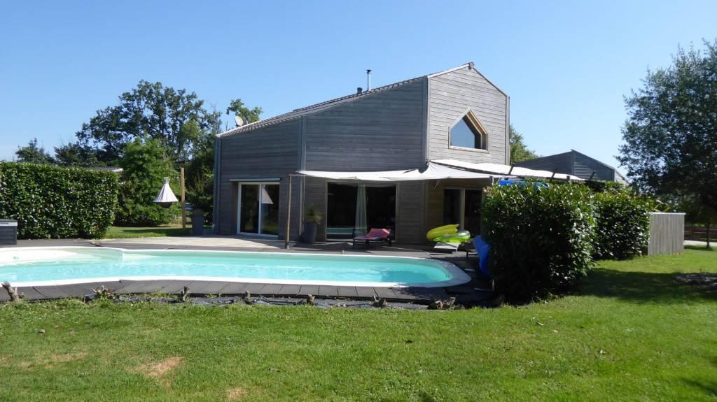 Sale Villa Lavit