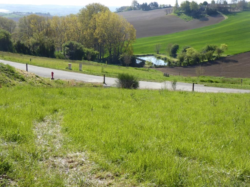 Sale Plot of land Miradoux