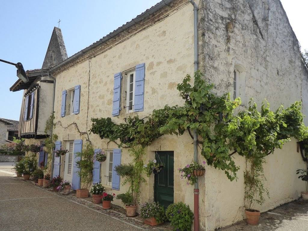 Sale Village house Miradoux