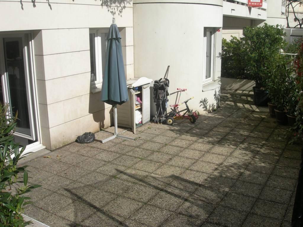 bel appartement 111 m² + 16 m² entrée privée, Atypique (comme une maison) avec terrasse 95 m² plein sud