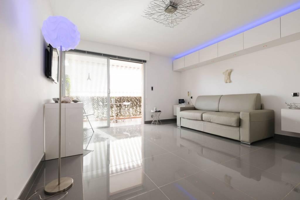 Sale Apartment Saint-Raphaël Boulouris