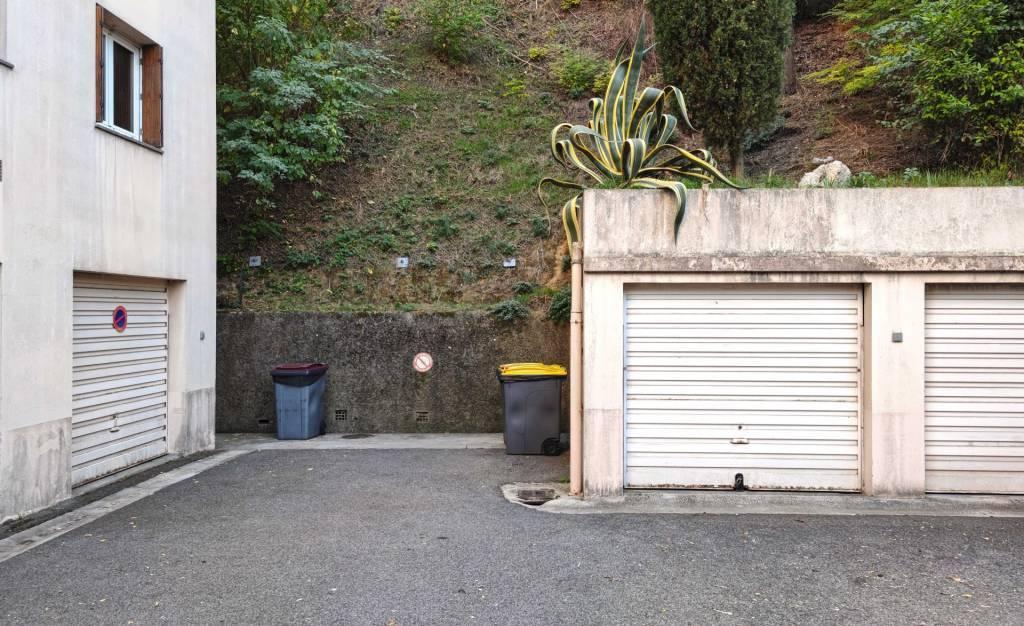 Vendita Garage Nizza Le Ray