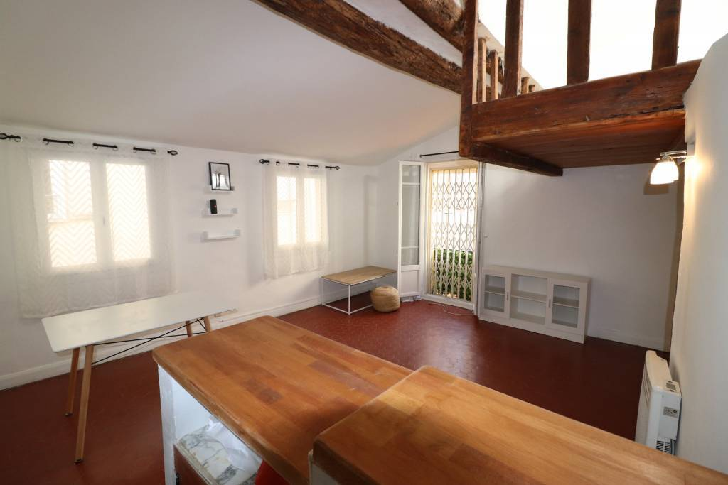 property_areas:15 property_flooring:1 general:8