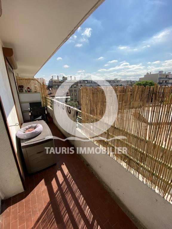 T1 avec terrasse à deux pas de la gare Saint-Charles du coté du 3eme arrondissement