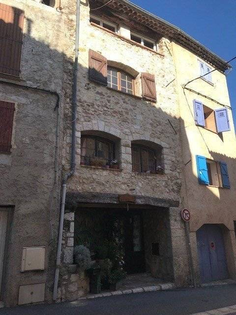 A VENDRE APPARTEMENT GREOLIERES VILLAGE