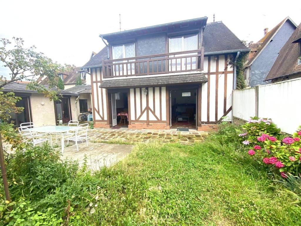 Charmante maison avec jardin Deauville centre