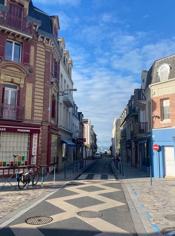 Studette centre-ville de Villers-sur-mer