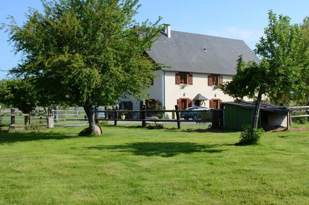 Sale House Saint-Étienne-la-Thillaye